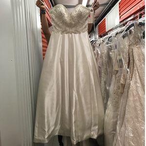 Jacqueline 19060 Wedding Dress